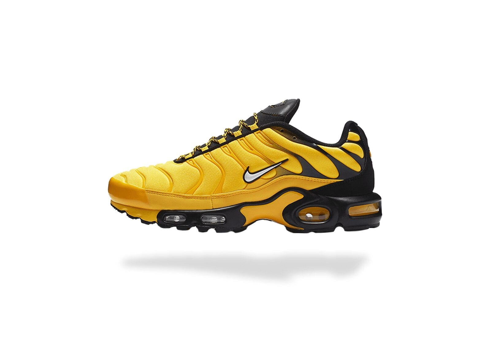 AIR MAX PLUS TN FREQUENCY PACK